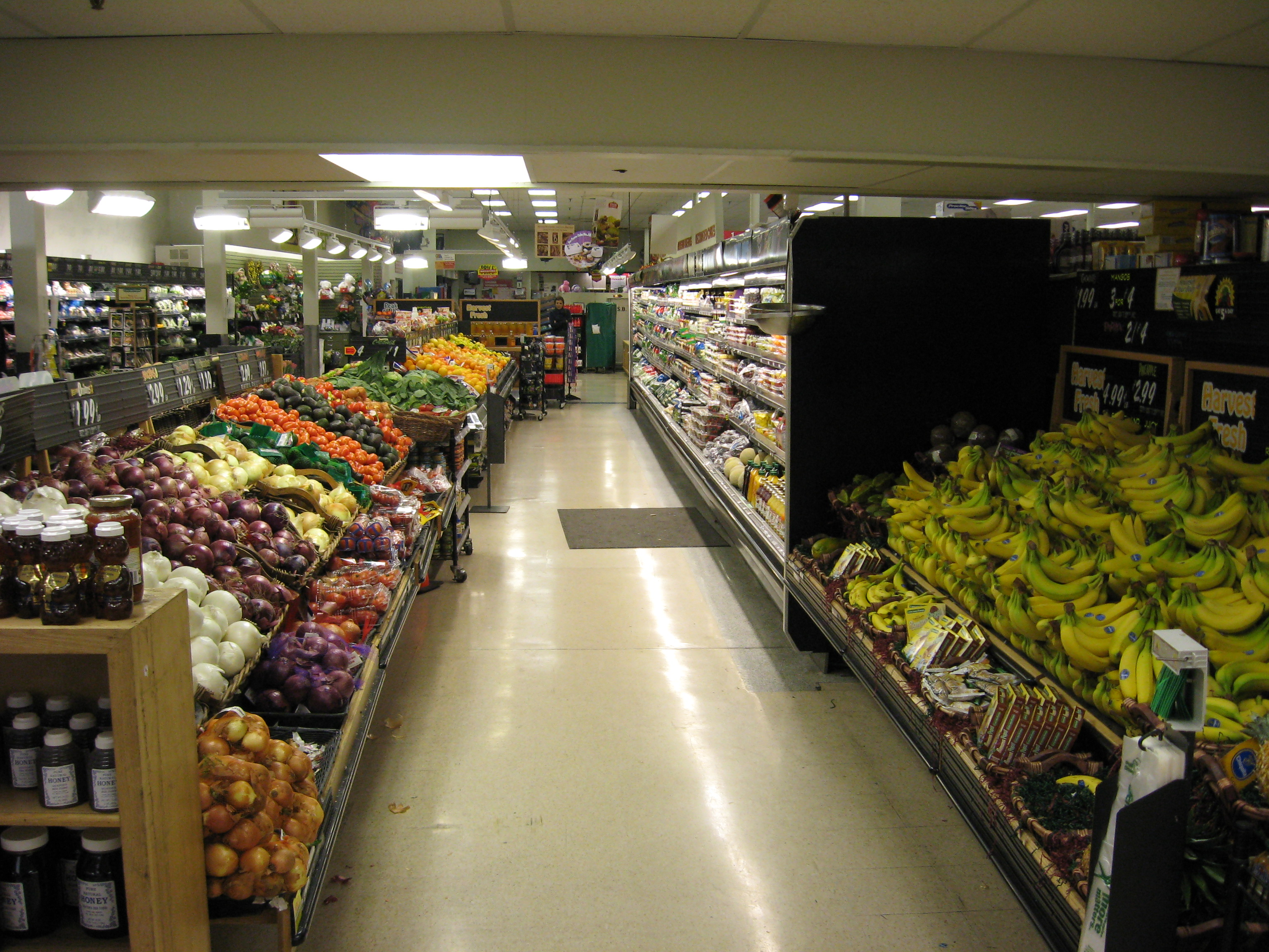 Whole_Foods_Market,_Interior