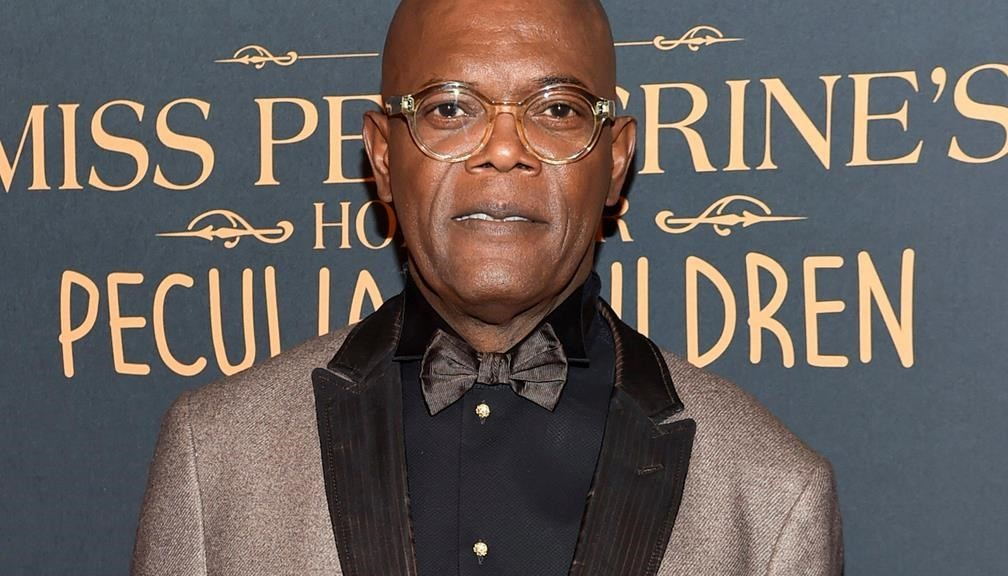 """FILE - In this Sept. 26, 2016 file photo, actor Samuel L. Jackson attends """"Miss Peregrine's Home for Peculiar Children"""" red carpet event in New York. In an appearance Monday, March 6, 2017, on the radio station Hot 97, Jackson criticized the casting of black British actors in American films like the horror hit """"Get Out"""" and the Martin Luther King Jr. drama """"Selma."""""""